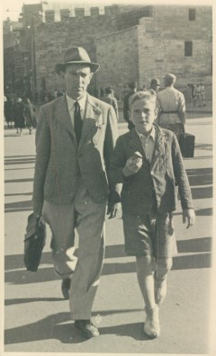 Martin Harwit with his father in Istanbul in the early 1940s
